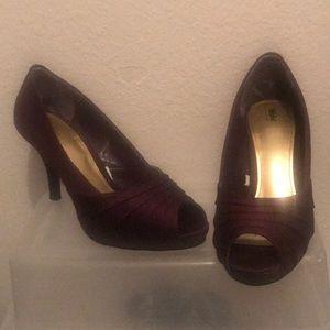 Plum deep purple satin heels. Never worn